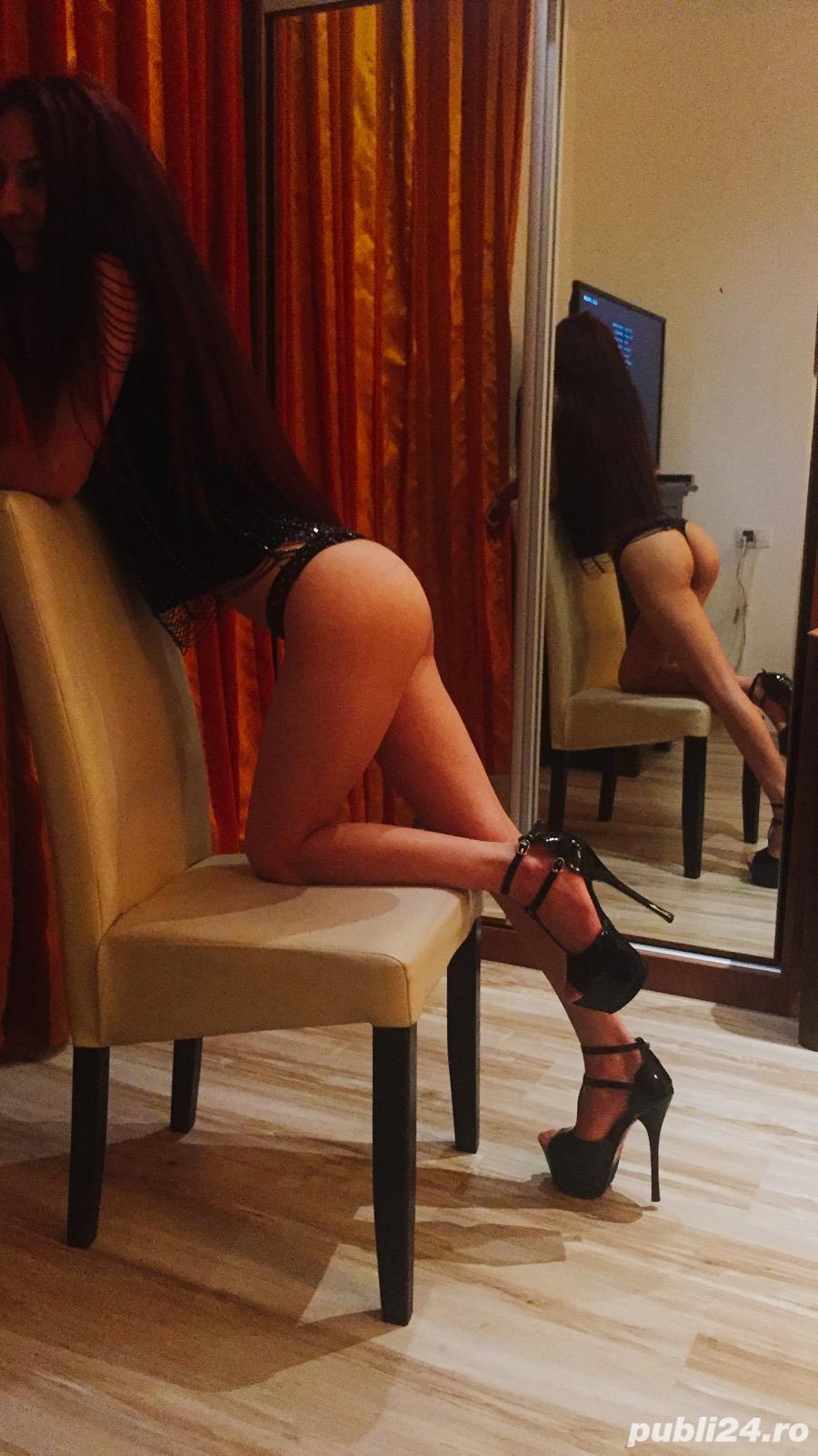 Natalia 19 ani, curva de lux noua pe site