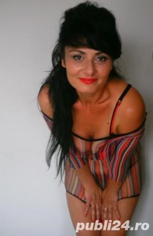 Curve in Bucuresti: Andreea, 35 ani