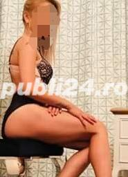 Curve in Bucuresti: La mine , la tine sau la hotel Hot hot blonde